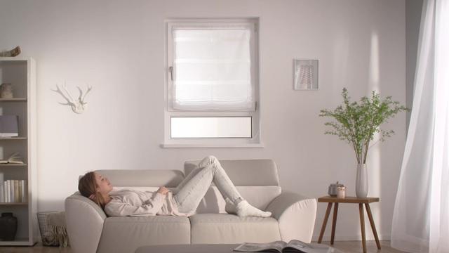 befestigung raffrollo affordable fenster with befestigung raffrollo finest raffrollo senrollo. Black Bedroom Furniture Sets. Home Design Ideas