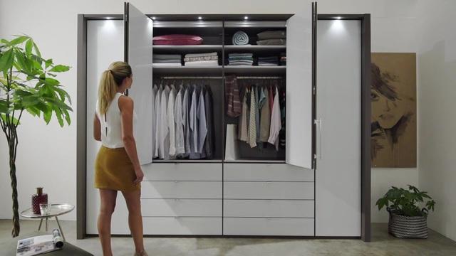 Wiemann Panorama Faltturenschrank Loft Mit Glasfront In 3 Breiten Online Kaufen Otto