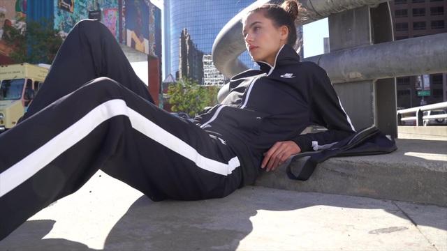 Nike Sportswear Trainingsanzug »WOMEN NSW TRACK SUIT PK OH« (Set, 2 tlg) online kaufen | OTTO