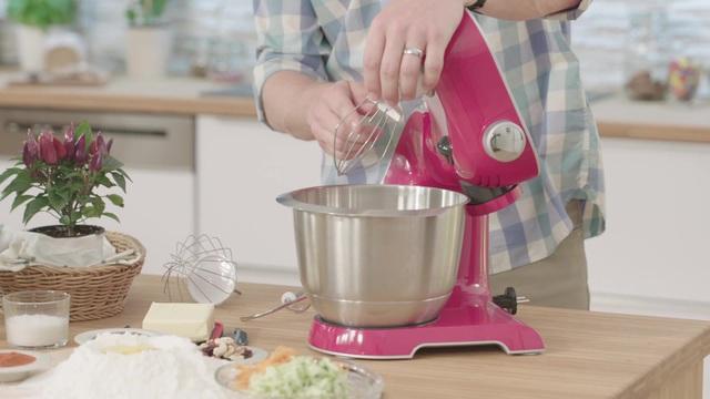 Bosch Küchenmaschine »Styline MUM56740«, 900 Watt, mit viel Zubehör ...